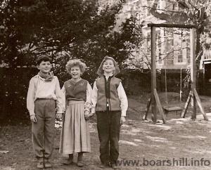 James Simmie, Elizabeth Hodgkin and Falcon at Crescent School 1950
