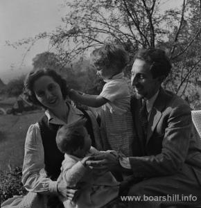 Oscar Nemon and family 1940s